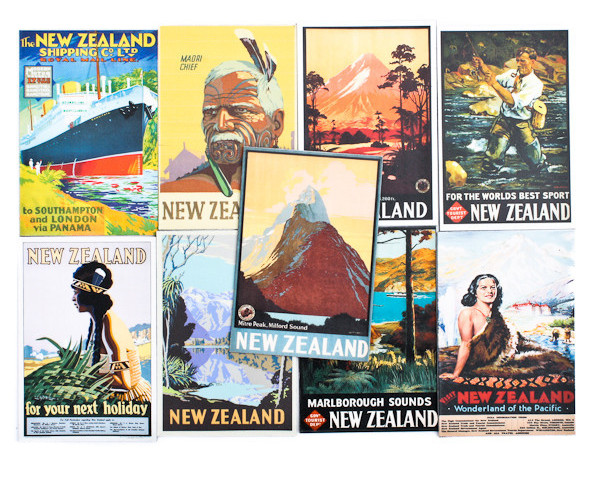 New Zealand Retro Magnet